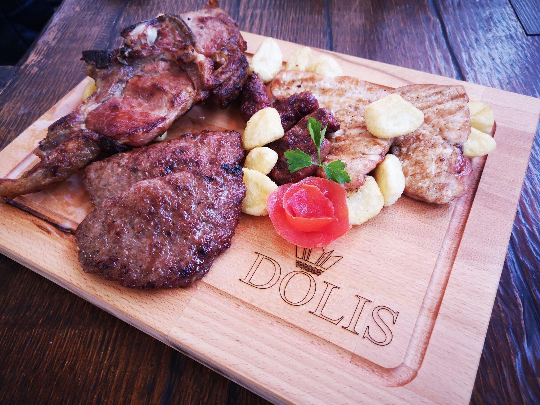 Dolis - restoran grill pizzeria - Grill